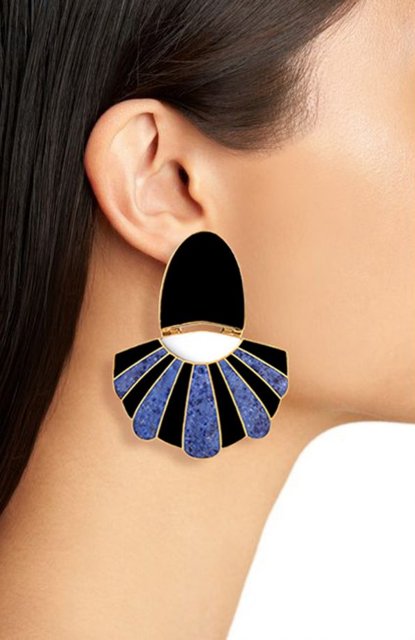 MULLU CHANDELIER EARRINGS_5ff6e319035c1.jpeg